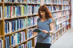 Las bibliotecas Imserso están especializadas en mayores, discapacidad, dependencia y servicios sociales