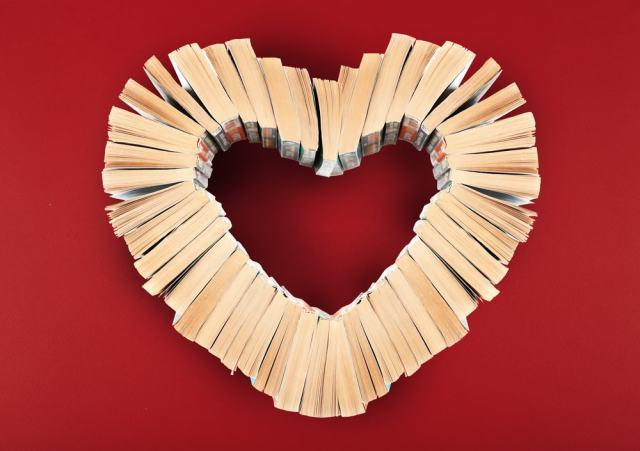 Los bibliotecarios tienen un papel protagonista e imprescindible para la sociedad