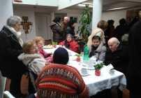 Nuestros abuelos festejaron su día en la parroquia de La Cava