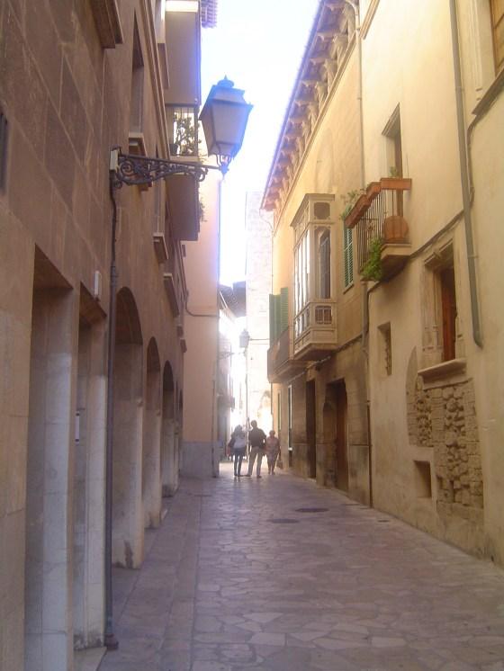 Palma narrow streets