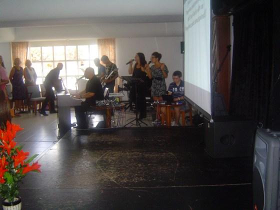 VCC worship goupr.2