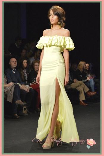 Vestido largo en amaillo lima de Margarita Muñoz en Code41 Trending