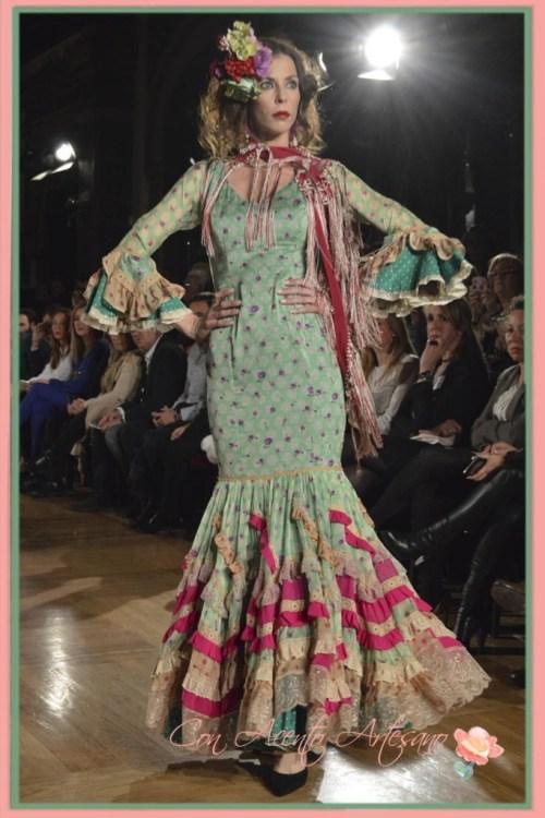 Vestidos de flamenca vintage de Angela y Adela en We Love Flamenco 2015