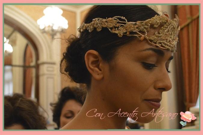 Diadema princesa realizada a mano para novia por Taller de Diseño