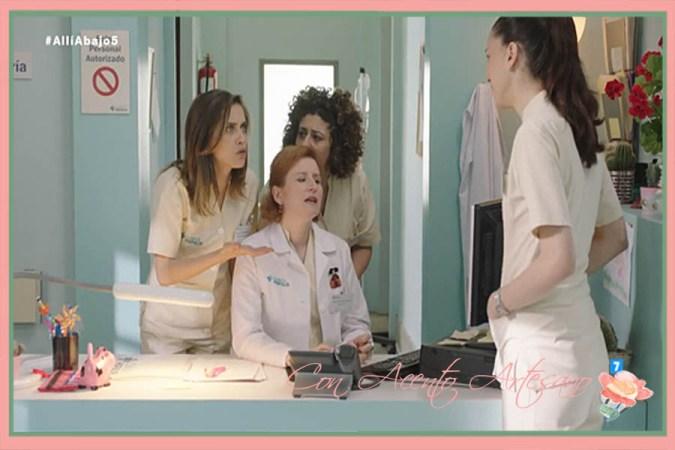Escena de la serie Allí Abajo donde Dolores luce el broche menina de Marbo
