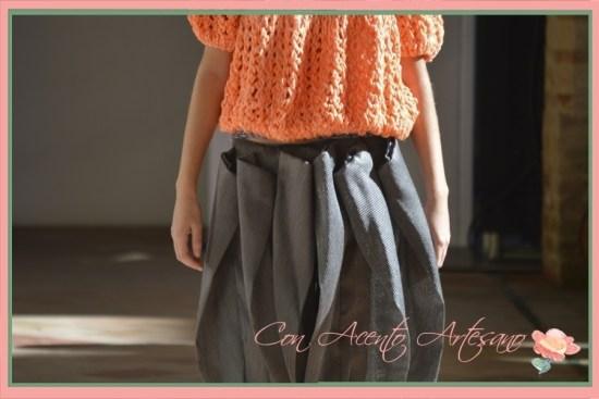 Punto ingles y pantalones con volumen en pinzas de Anne Excusa en Andalucia de Moda 2015