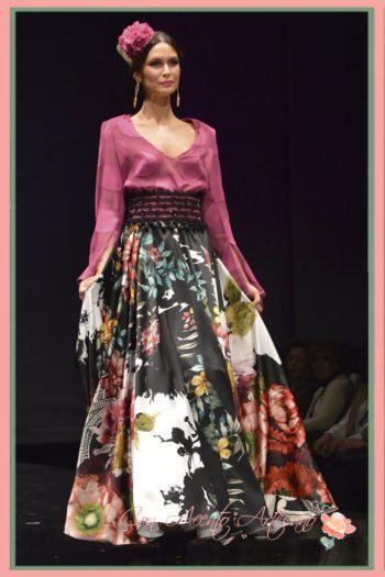 Traje flamenca dos piezas de camisa y falda de Carmen Latorre