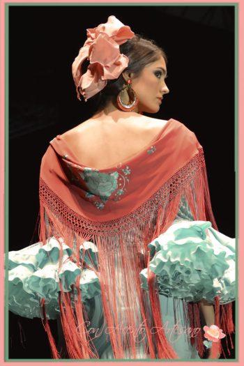 Flamenca clásica de Lina