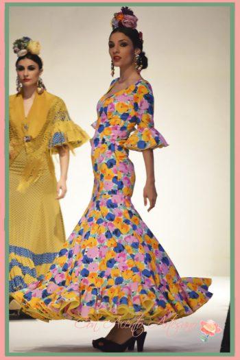 Vuelo de capa para traje de flamenca estampado de Carmen Fitz