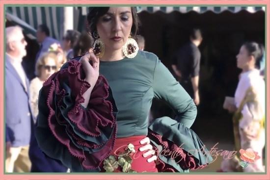Traje de flamenca rojo y verde de Agus Dorado de su colección 'Las vendimiadoras'