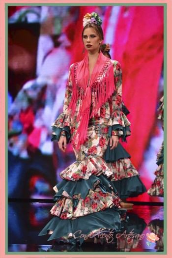 Traje de flamenca estampado de Ángeles Copete