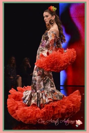 Traje de flamenca con enaguas XXL de Miríam Galvín en SIMOF 2018