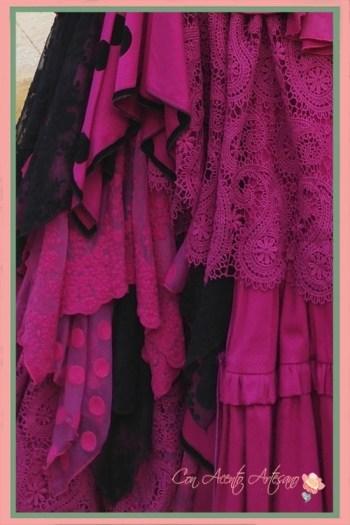 Detalles del vuelo del traje de flamenca buganvilla de Aurora Gaviño
