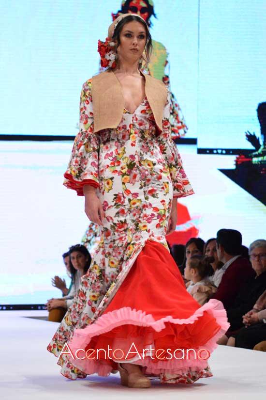 Traje de flamenca de Ianire Ibar Chaves en Noveles de Pasarela Doñana D'Flamenca