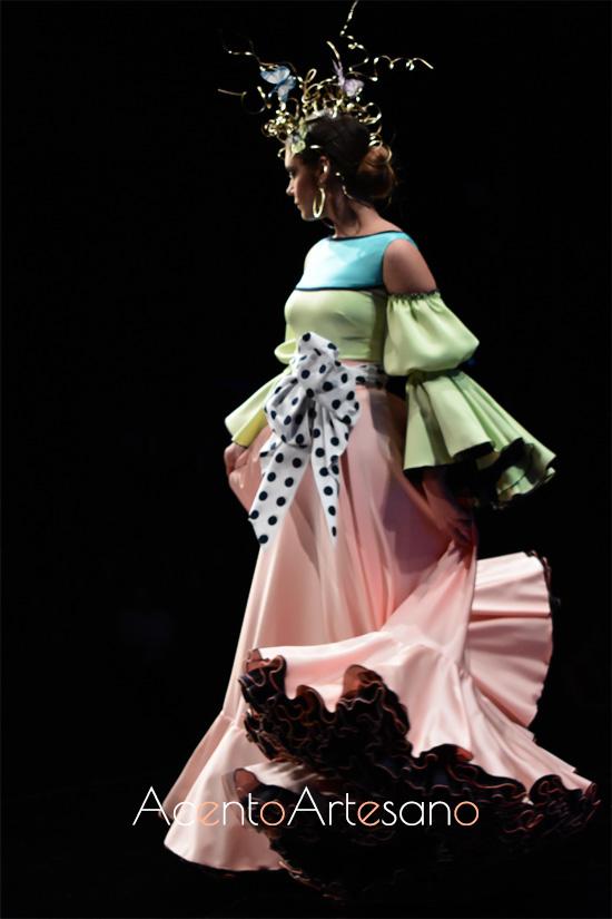 Traje de flamenca con lazada de Francisco Tamaral