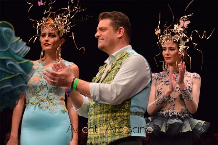 Francisco Tamaral tras el carrusel de su colección Quimera de trajes de flamenca en SIMOF 2019