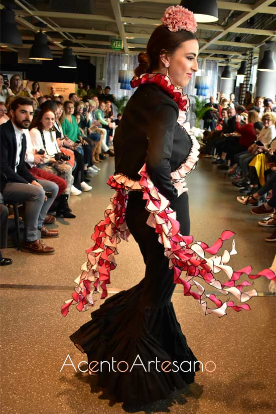Traje de flamenca de Antonio Mateo en Certamen Moda Flamenca IKIEA Sevilla