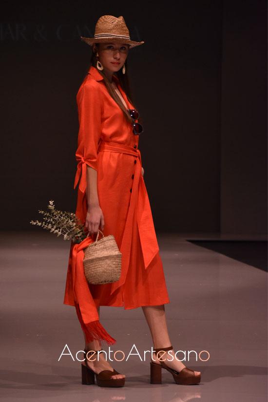Vestido camisero en naranja de Iciar yCandela