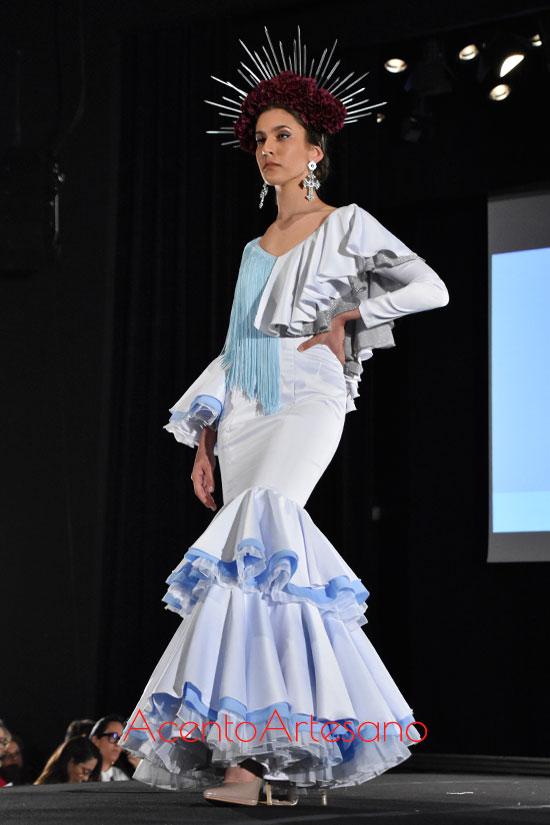 Traje de flamenca de talle bajo de Rocío Merino