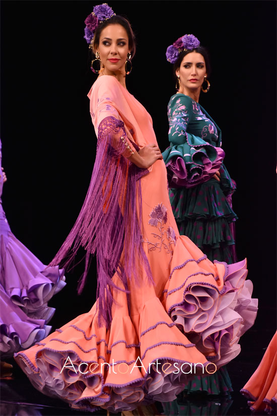 Traje de flamenca de doble largo de Sara de Benítez en SIMOF 2020