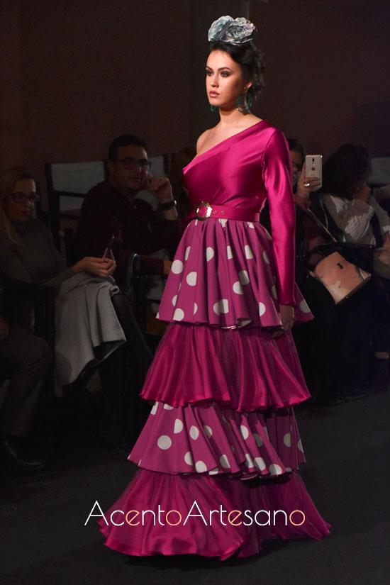 Traje de flamenca de talle alto de Carmen Serrano Marichica
