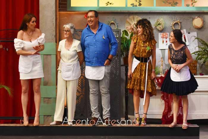 Ex concursantes, que ayudaron a los finalistas a terminar sus diseños en Aguja Flamenca