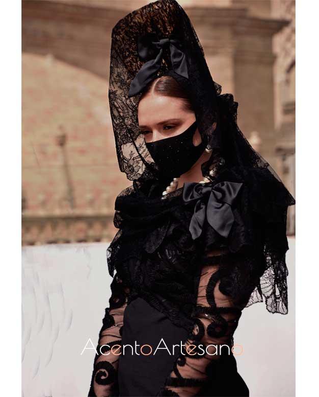 Diseño estido negro para mantilla de Carmen Latorre