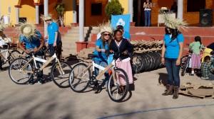 """Fundación-""""Pon-a-rodar-mis-sueños""""-entrega-62-bicicletas-a-estudiantes-de-Chicahua-2"""