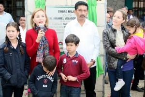 Inaugura-presidenta-del-DIF-y-Enoc-Hernandez-Unidad-de-ICATECH-3