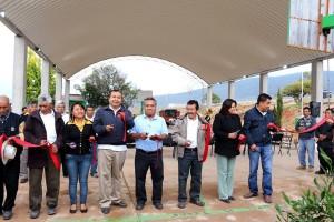 Inauguran-techado-de--plaza-cívica-en-el-IEBO-de-Tidaá