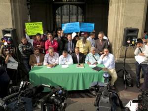ACUERDO-PRO-UBER-Y-CABIFY-FUE-ALBAZO,-PERO-ES-COMBATIBLE-PORQUE-CARECE-DE-FUNDAMENTOS-JURÍDICOS-TAXISTAS-2