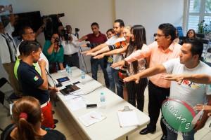 Christian González, Secretario de Imagen Institucional de CONAPE, toma protesta a los nuevos integrantes de CONAPE en Colima