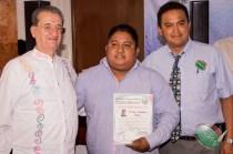 Entrega de nombramiento a Carlos Antúnez