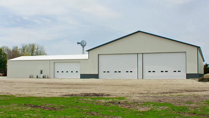 Chatsworth, IL Solid Core Building