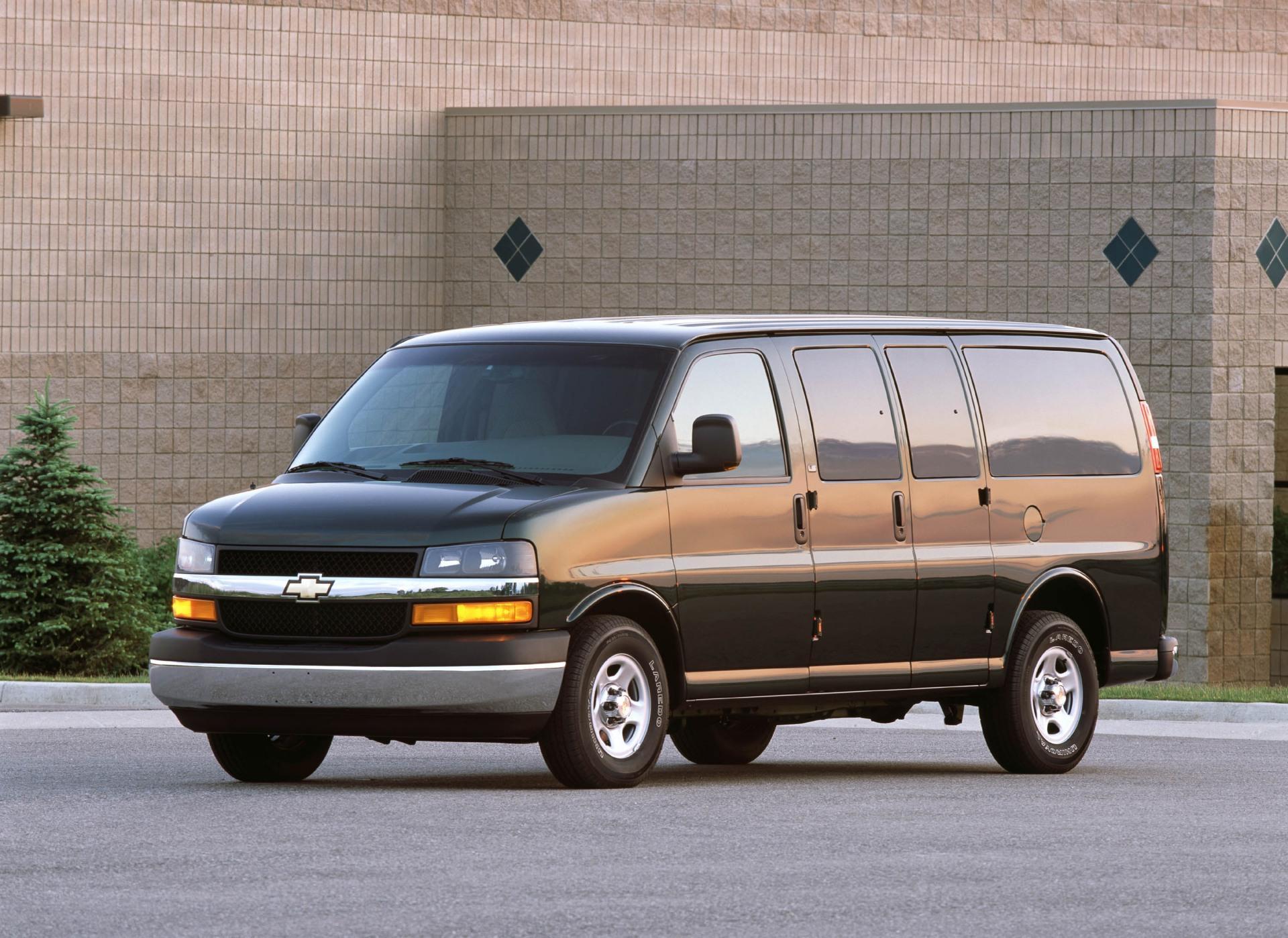 2001 Chevy Express Cargo Van