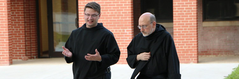 カトリックの修道士になる方法