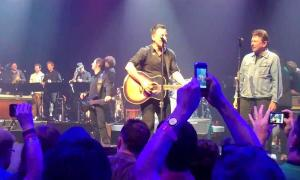 Bruce Springsteen, Arcade Fire, Tom Morello, and more – This Land Is Your Land (at SXSW)