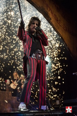 resized_Alice Cooper YCD 1