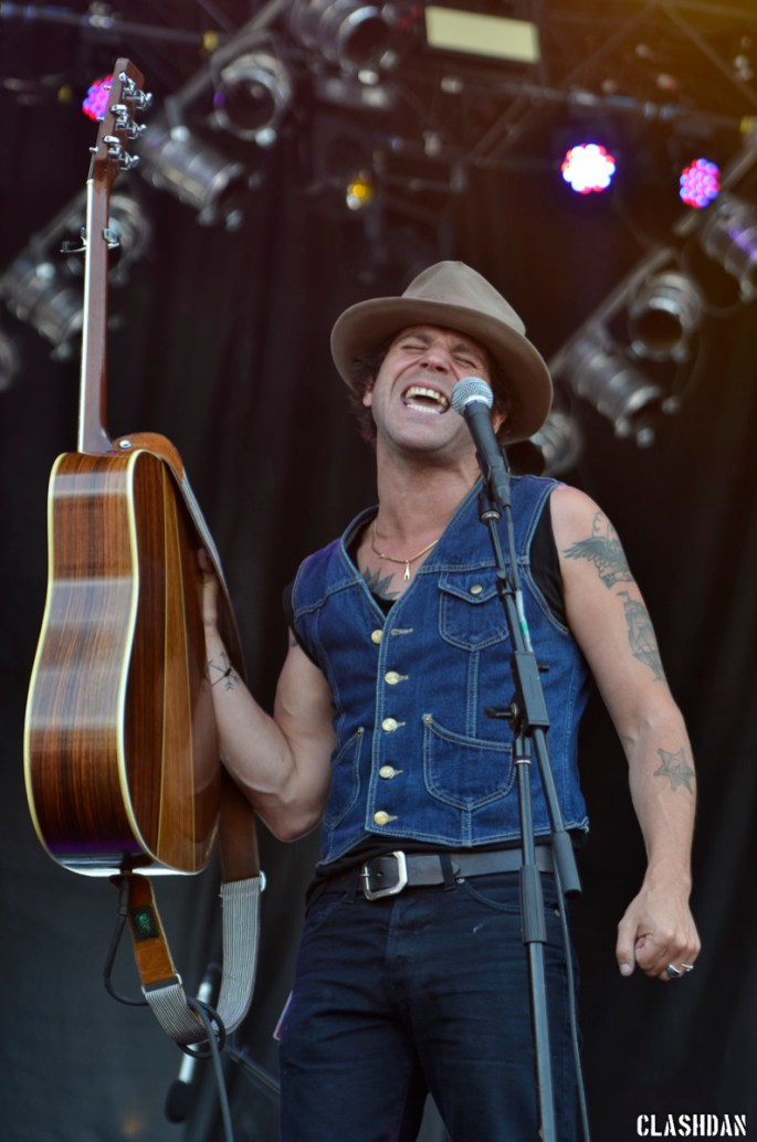 05-Langhorne Slim and the Law_2014-05-11-10