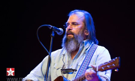 resized_Steve Earle YYJ 2