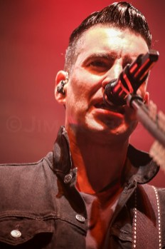 Theory of a Deadman @ Newport Music Hall © Jim Robson
