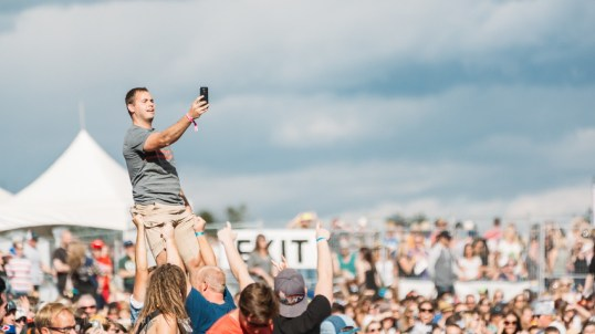 resized_Crowd (4 of 5)-3