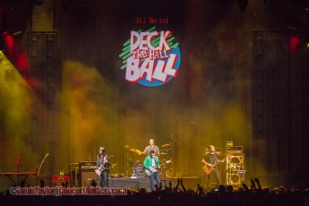 Weezer @ Deck The Hall Ball - KeyArena - December 9th 2014