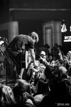 Charlie Worsham @ Flames Central © J. Dirom
