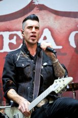 Theory of  a Deadman at White River Amphitheatre © Michael Ford
