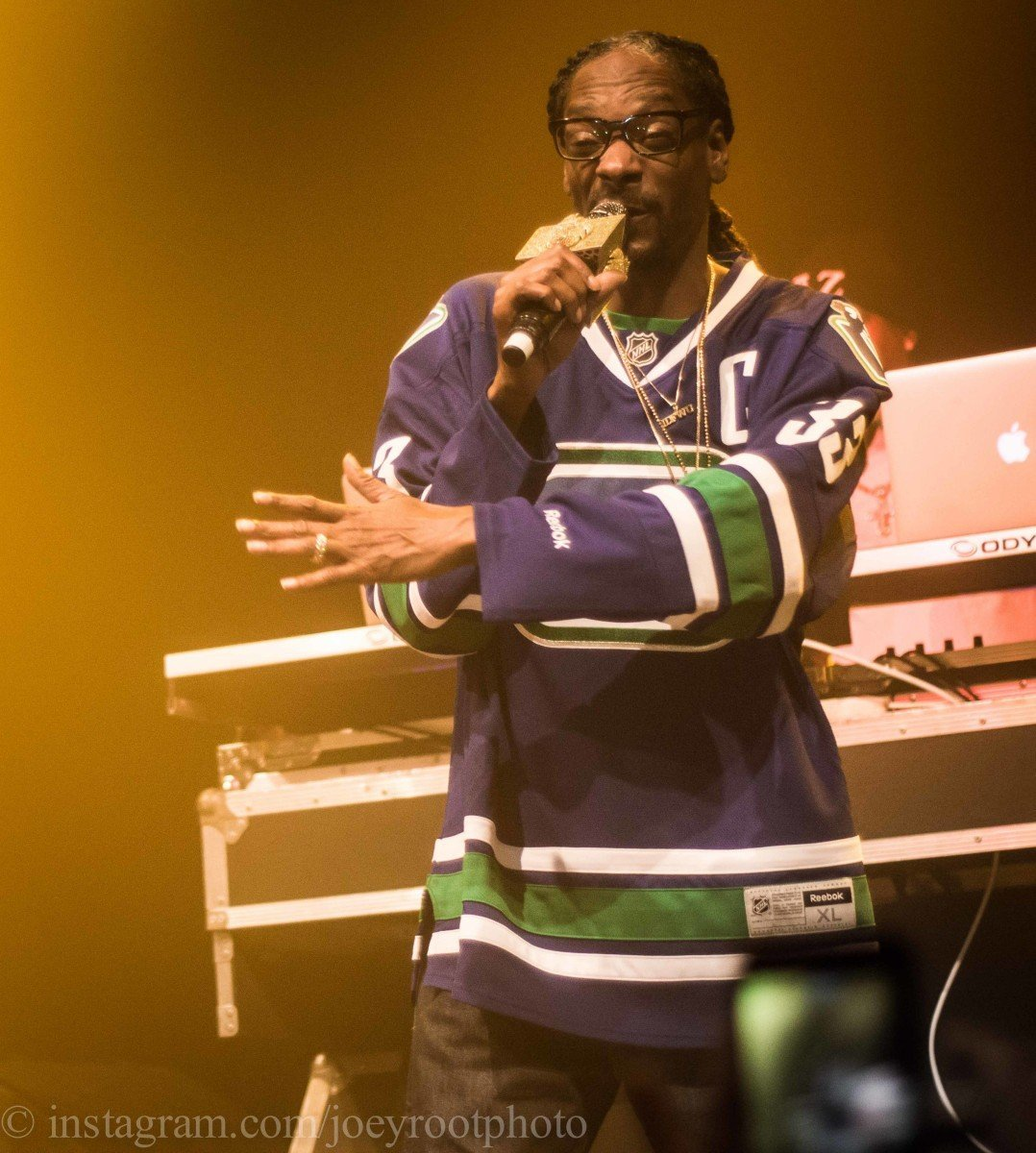 Harvest moon cup with Snoop Dogg @ The Imperial on october 24th 1015 © Joey Rootman