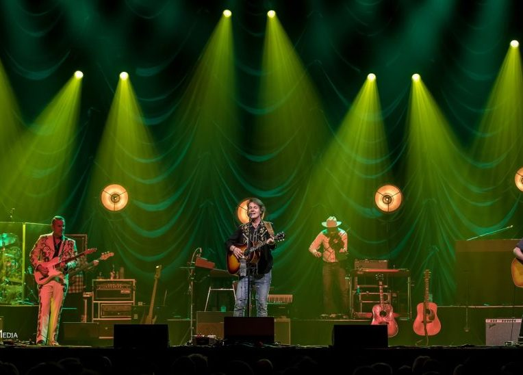 Blue Rodeo at Save-On-Foods Memorial Centre – Jan 26th 2017 © RMS Media by Rob Port