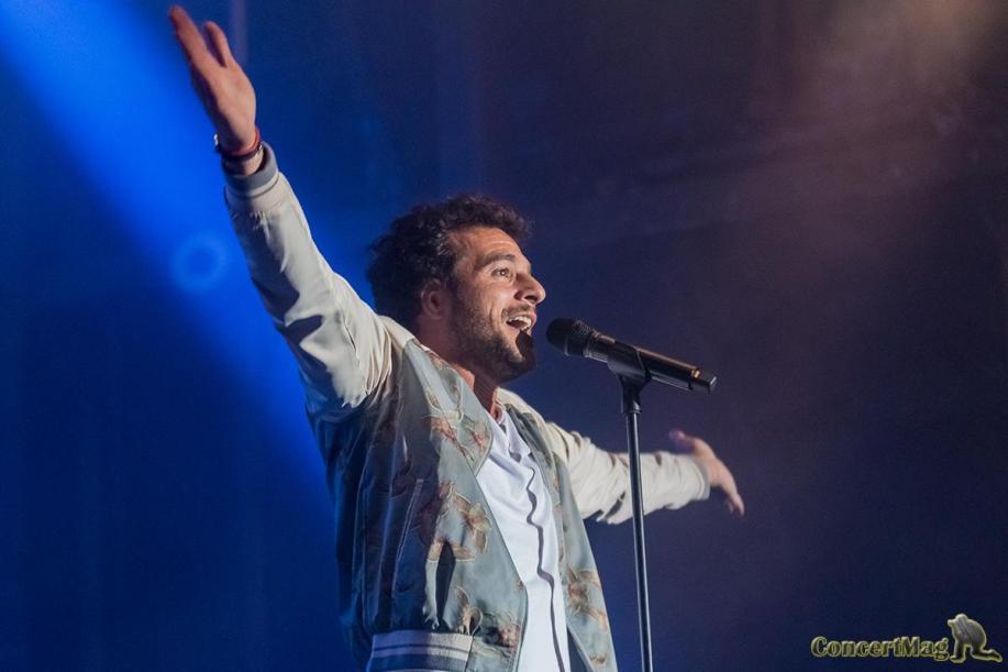 5 1 - Amir ouvre le bal des heures vagabondes 2017