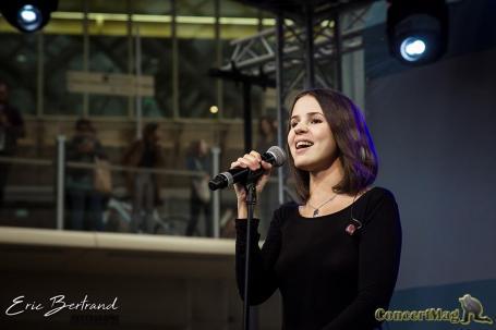 IMG 8435 - Marina Kaye offre un Showcase aux Forum des Halles