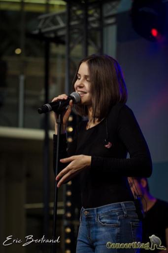 IMG 8471 2 - Marina Kaye offre un Showcase aux Forum des Halles